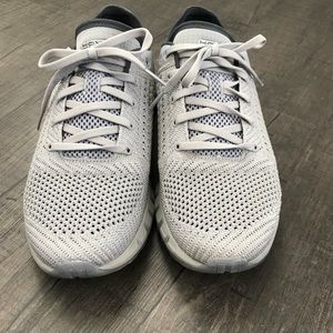 Under Armour MENS UA HOVR Sonic running shoe